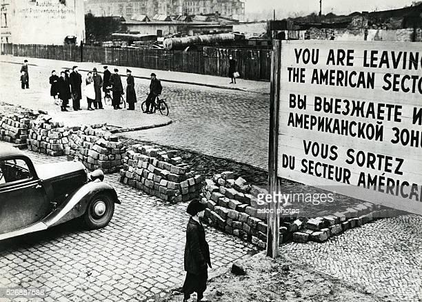 Checkpoint Charlie Ca 1945