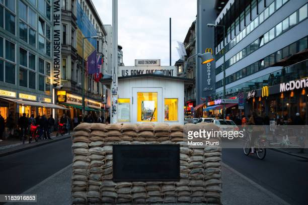 checkpoint charlie - checkpoint charlie stock photos and pictures