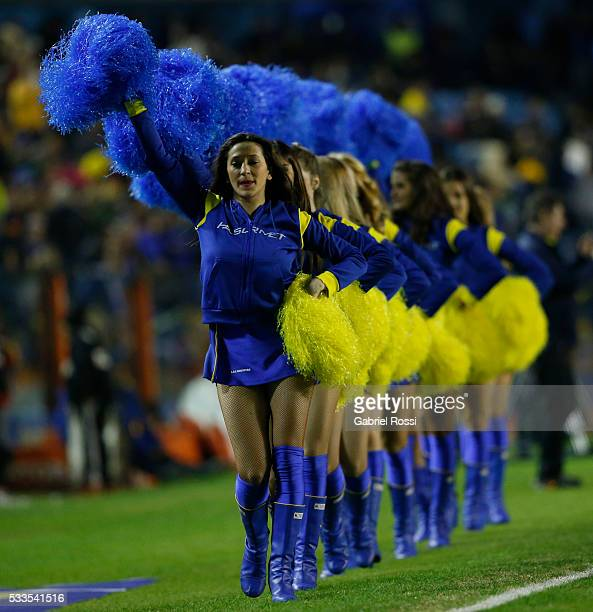 Cheerleaders of Boca Juniors cheer their team during a match between Boca Juniors and Defensa y Justicia as part of round 16 of Torneo Transicion...
