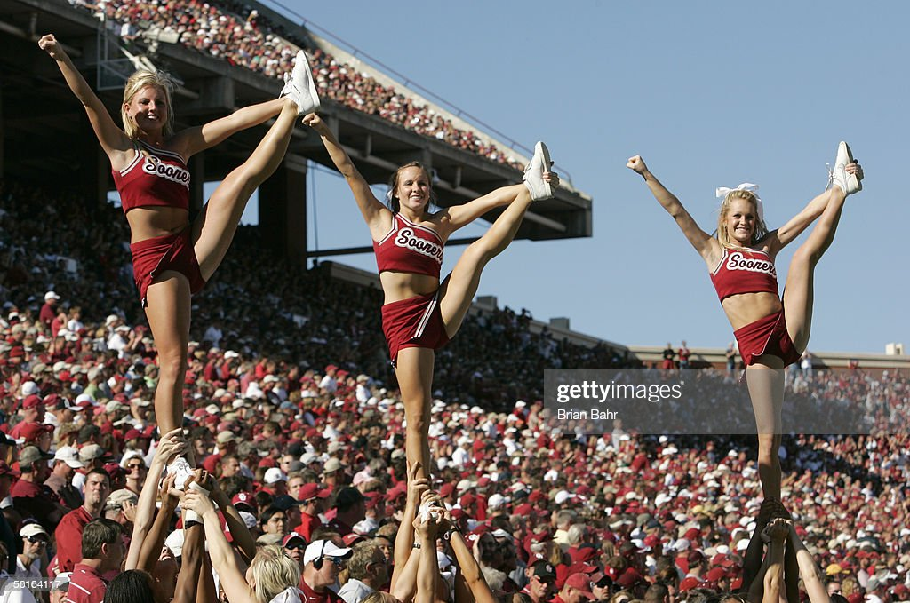 Cheerleaders of the Oklahoma Sooners perform during the ...