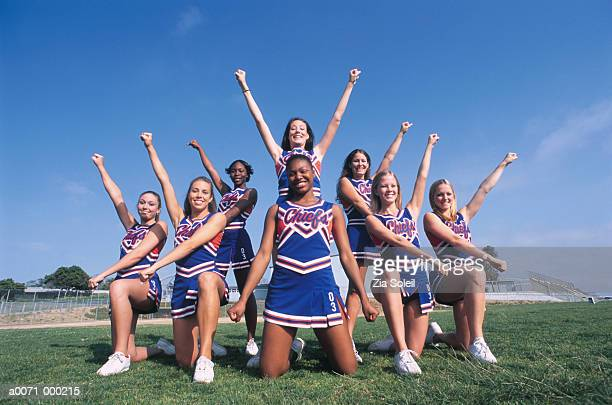 cheerleaders - チアリーダー ストックフォトと画像