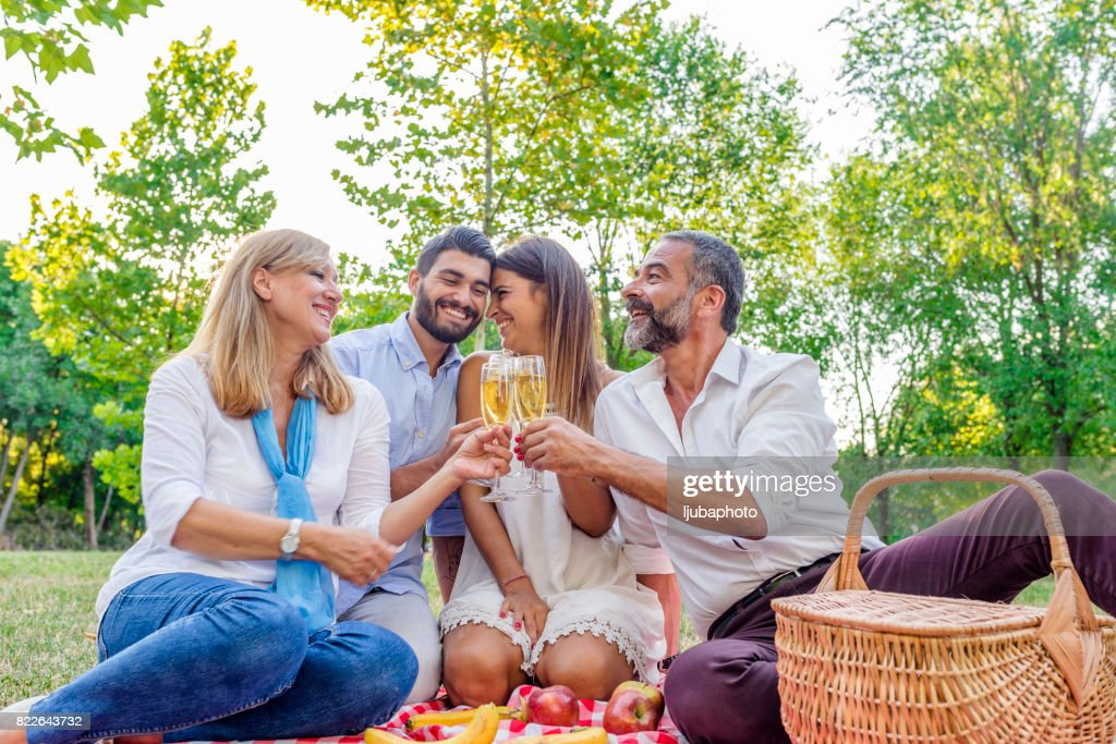 Cheers to the family : Stock Photo