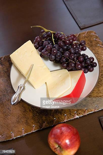 Käse und Obst