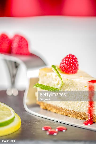 cheese cake - coulis stock pictures, royalty-free photos & images