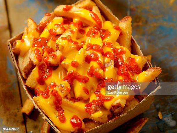 Cheese Fries with Chilli Sauce