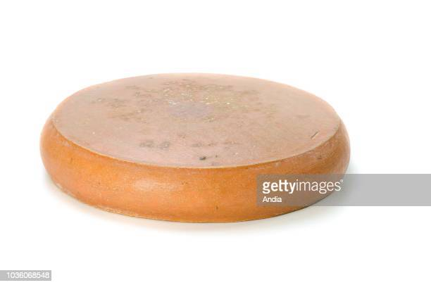 Cheese from Savoy ÒRaclette de SavoieÓ organic cheese Geographical Indication certification