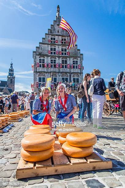 Cheese maids on Gouda Cheese & Craft Market