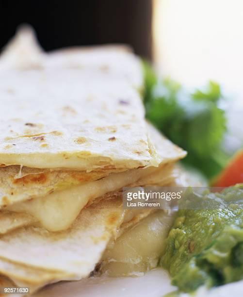 Cheese quesadilla and guacamole