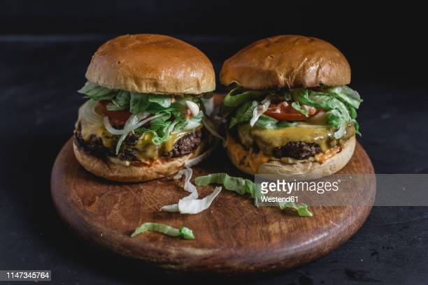cheeseburger with brioche bun - brioche stock pictures, royalty-free photos & images