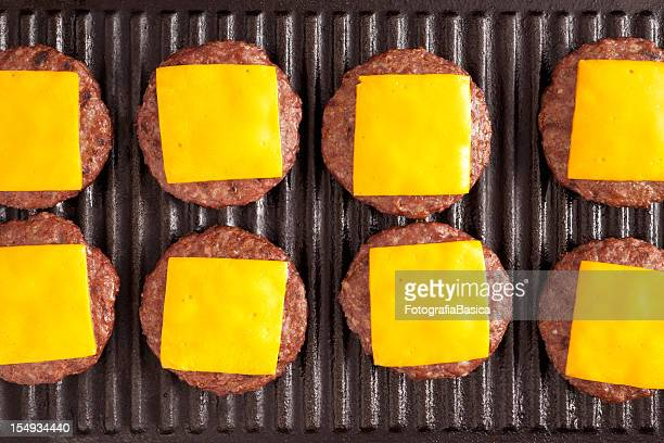 cheeseburgers - cheeseburger stock pictures, royalty-free photos & images