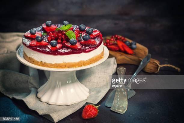新鮮なベリーのチーズケーキ