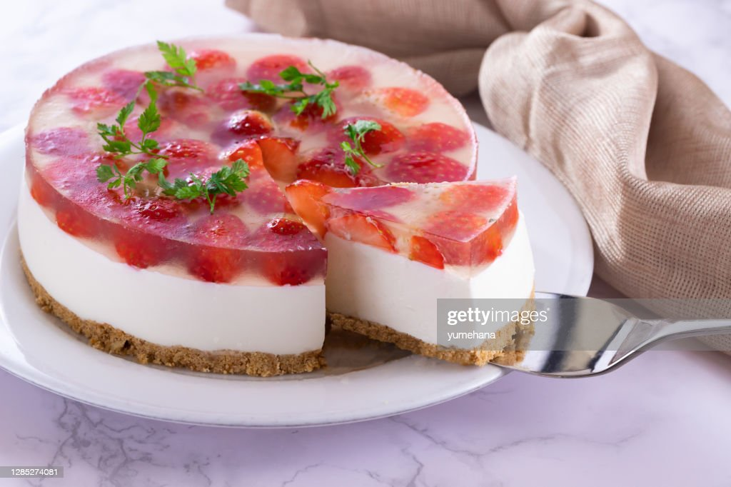 Cheesecake With Strawberry High-Res Stock Photo - Getty Images