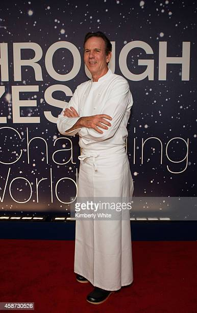 Chef and Restaurateur Thomas Keller attends the Breakthrough Prize Awards Ceremony Hosted By Seth MacFarlane at NASA Ames Research Center on November...