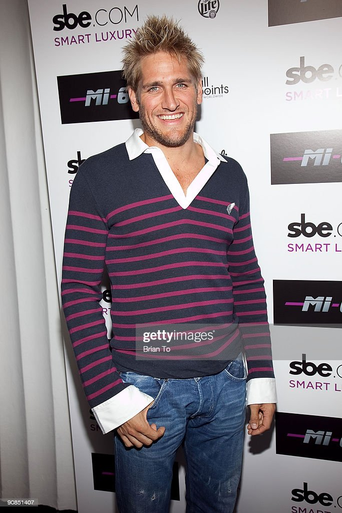Chef Curtis Stone attends Mi-6 Nightclub Grand Opening Party on September 15, 2009 in West Hollywood, California.