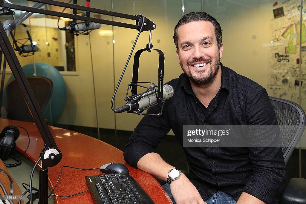 Chef Fabio Viviani visits the SiriusXM Studios on October 21, 2014 in New York City.