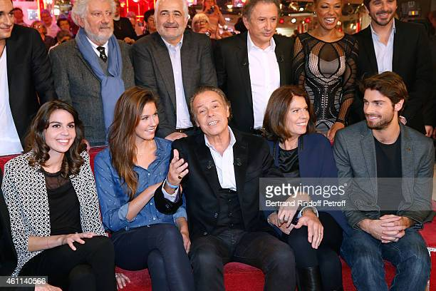 Chef Guy Savoy Main guest of the show Michel Leeb with his children Elsa Leeb Tom Leeb Fanny Leeb and his wife Beatrice Leeb attend the 'Vivement...