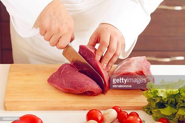 o chef na cozinha - cru - fotografias e filmes do acervo