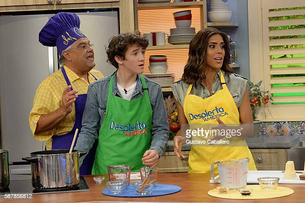 Chef Pepin Art Parkinson and Francisca Lachapel are seen on the set of Univisions Despierta America to support the film Kubo and the Two Strings at...