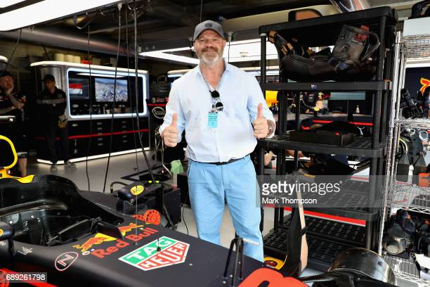 Chef Philippe Etchebest in the Red Bull Racing garage during the Monaco Formula One Grand Prix at Circuit de Monaco on May 28 2017 in MonteCarlo...