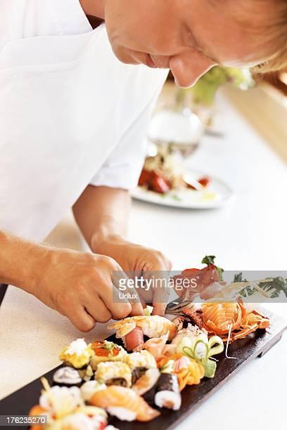 寿司シェフの準備にカフェ」のキッチン