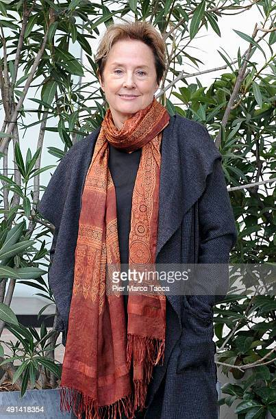 Chef restaurateur activist and author Alice Waters poses at the end of the 'Madre Terra Giovani' meeting on October 5 2015 in Milan Italy