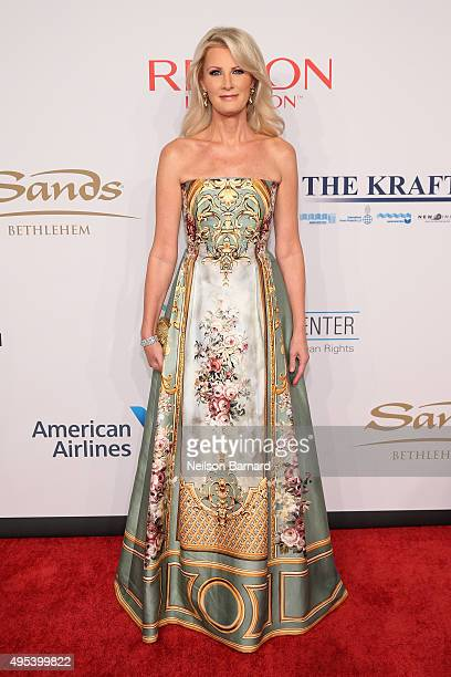 Chef Sandra Lee attends Elton John AIDS Foundation's 14th Annual An Enduring Vision Benefit at Cipriani Wall Street on November 2 2015 in New York...