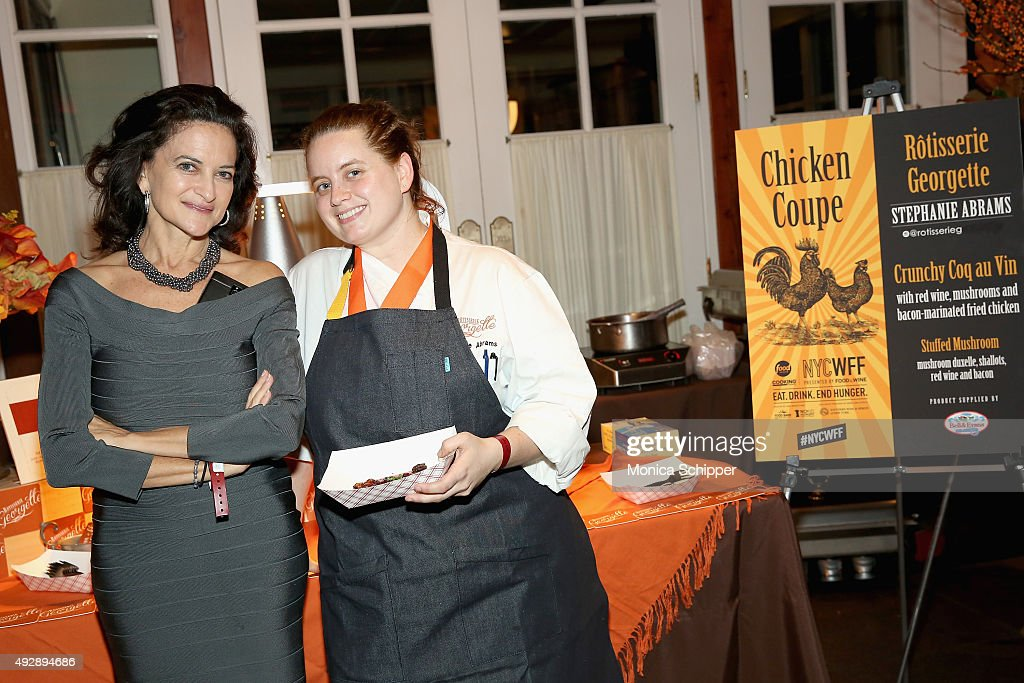 Chicken Coupe Hosted By Whoopi Goldberg - Food Network & Cooking Channel New York City Wine & Food Festival presented By FOOD & WINE : Fotografía de noticias