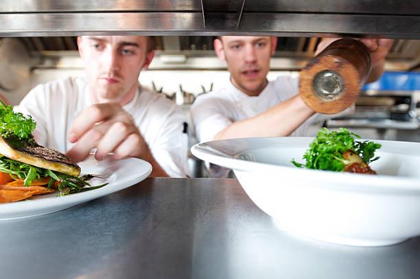 chefs doing kitchen preparation and service picture id106286330?k=20&m=106286330&s=612x612&w=0&h=aLZ Rjt9fBrg84gPGQbJOHggCEX8kRUT46JKBMhTw Q=