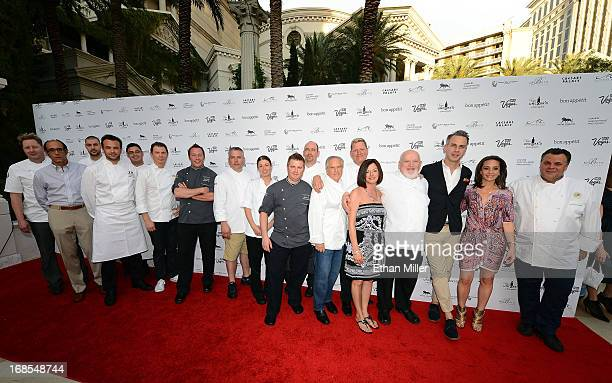 Chefs from Caesars Entertainment pose with Las Vegas Convention and Visitors Authority Senior Vice President of Marketing Cathy Tull EditorinChief of...