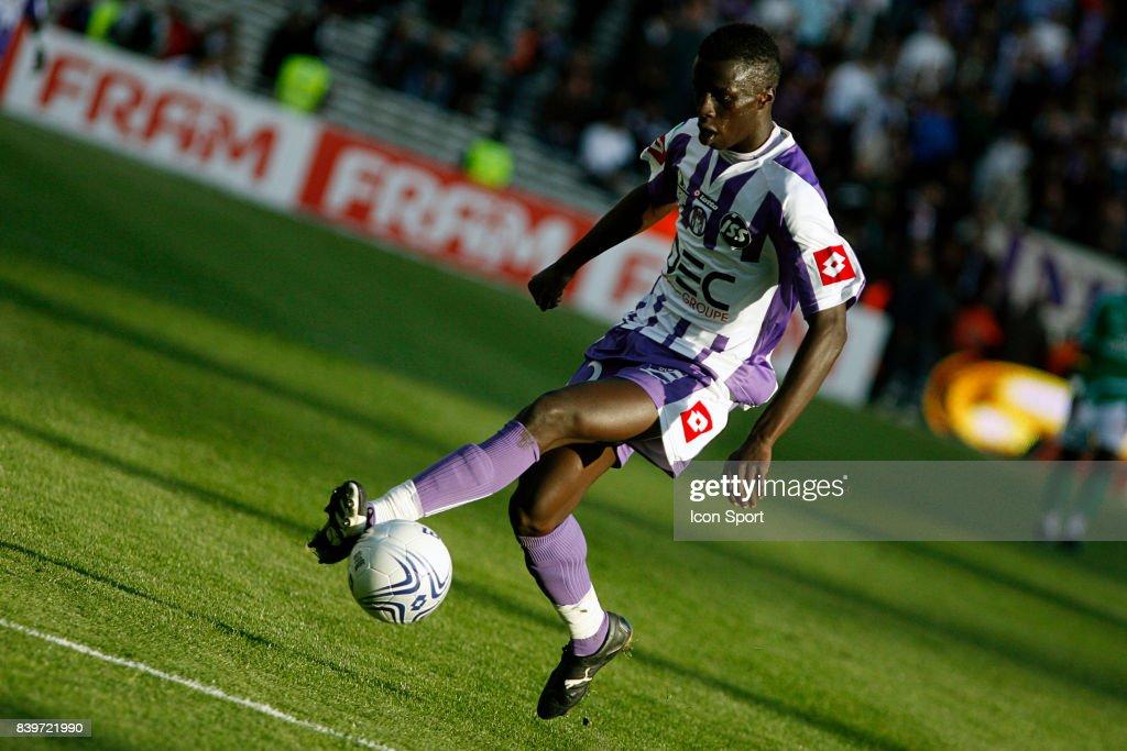 Cheikh MBENGUE - - Toulouse / Saint Etienne - 11eme journee de ligue 1 -