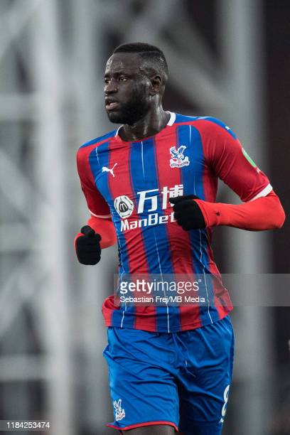 Cheikhou Kouyaté of Crystal Palace looks on during the Premier League match between Crystal Palace and Liverpool FC at Selhurst Park on November 23...