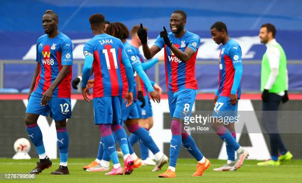 Cheikhou Kouyate of Crystal Palace celebrates after scoring his team's first goal during the Premier League match between Crystal Palace and Everton...