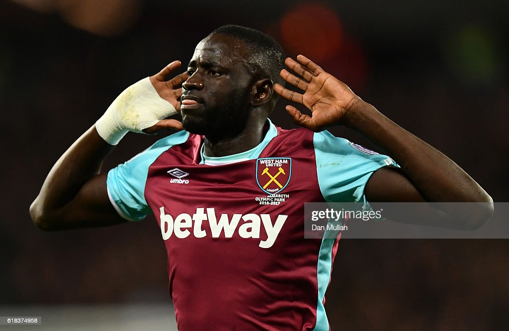 Cheikhou Kouyate of West Ham United celebrates scoring his sides first goal during the EFL Cup fourth round match between West Ham United and Chelsea at The London Stadium on October 26, 2016 in London, England.