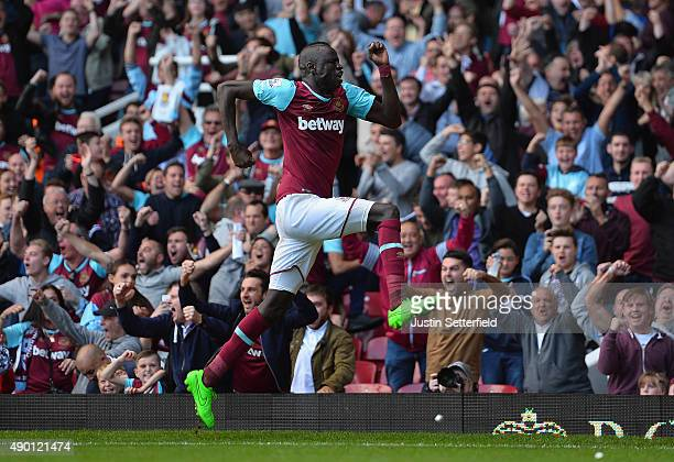 Cheikhou Kouyate of West Ham United celebrates scoring his team's second goal during the Barclays Premier League match between West Ham United and...