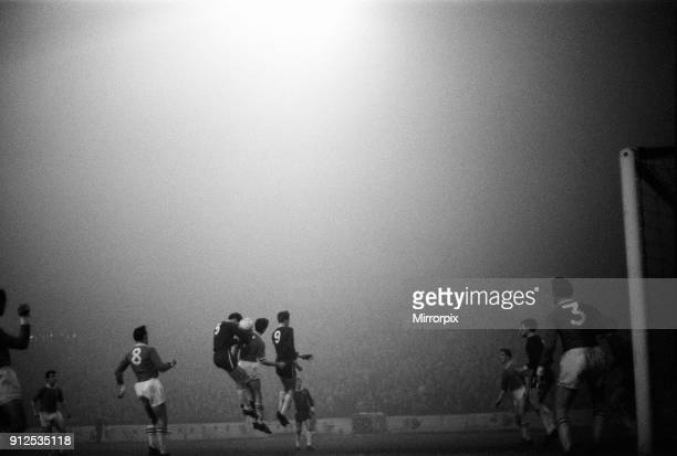 Chelsea 2-0 Workington, League Cup, Fifth Round Replay at Stamford Bridge, Wednesday 16th December 1964.