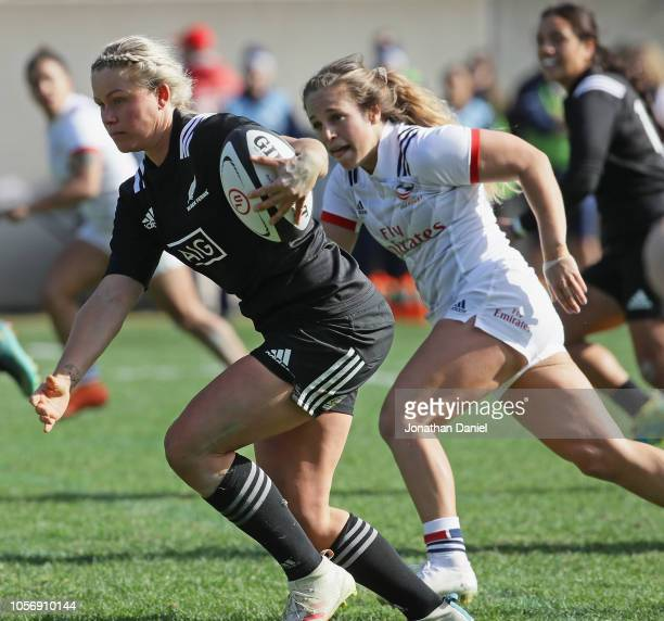 Chelsea Alley of the New Zealand Black Ferns advances the ball against the USA at Soldier Field on November 3 2018 in Chicago Illinois