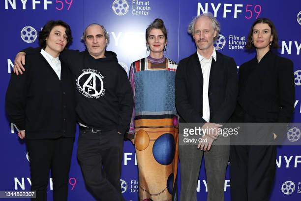 Chelsea Barnard, Joaquin Phoenix, Gaby Hoffmann, Mike Mills and Andrea Longacre-White attend the photo call for 'C'mon C'mon' during the 59th New...