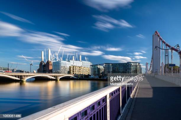 chelsea bridge, battersea power station and the river thames - battersea stock pictures, royalty-free photos & images