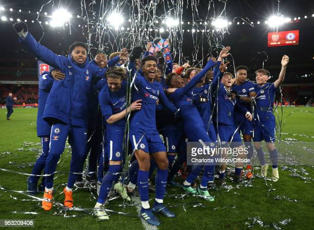 Chelsea celebrate winning the Youth Cup with the trophy during The Youth Cup Final Second Leg between Arsenal and Chelsea at Emirates Stadium on...