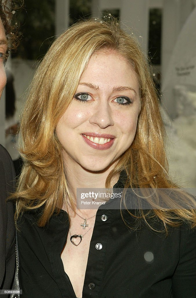 Chelsea Clinton attends the New York Premiere of 'The Day After Tomorrow' on May 24, 2004 in New York City.