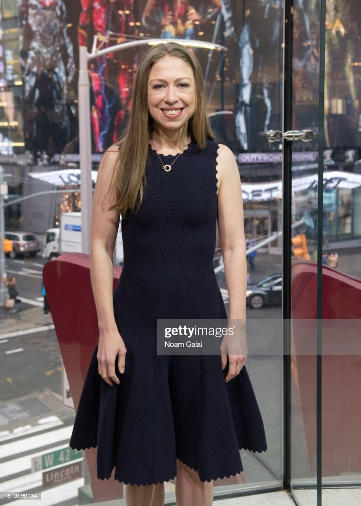 Chelsea Clinton visits 'Extra' at H&M Times Square on November 13, 2017 in New York City.
