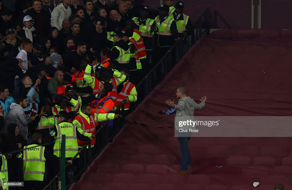 West Ham United v Chelsea - EFL Cup Fourth Round : News Photo
