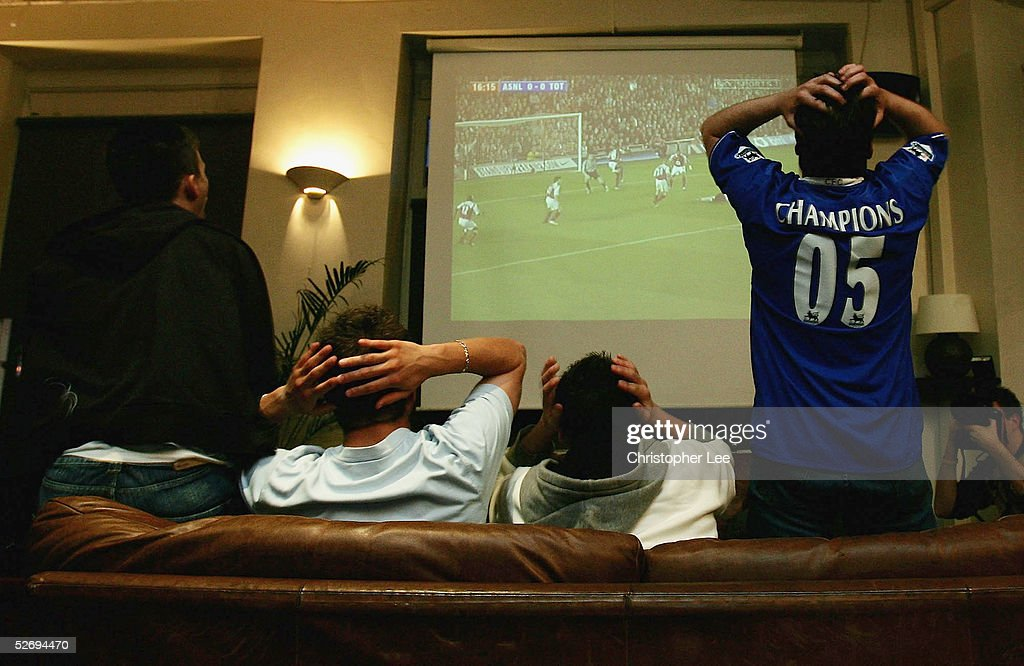 Arsenal v Tottenham Hotspur : News Photo