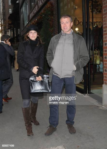 Chelsea FC owner and billionaire Roman Abramovich and Daria Dasha Zhukova leave Nellos restaurant December 6 2008 in New York City