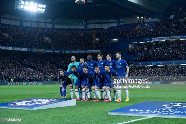Chelsea FC pose for team photo from top left Willy Caballero Mateo Kovacic Antonio Rüdiger Marcos Alonso Andreas Christensen Olivier Giroud from...