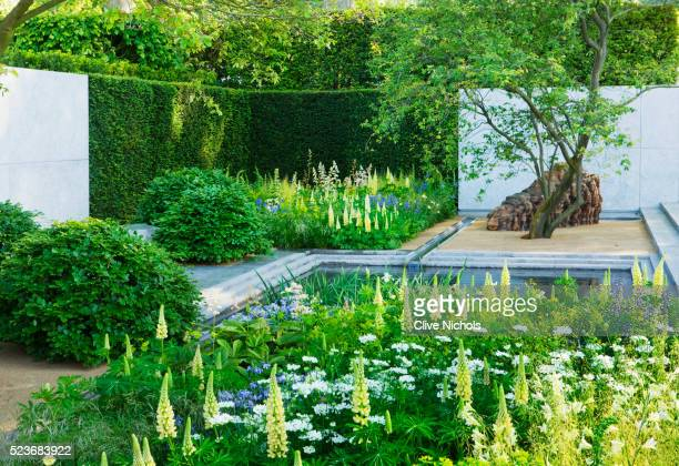 Chelsea Flower Show 2014: Laurent Perrier Garden by Luciano Giubbilei - Metal water rill with pool