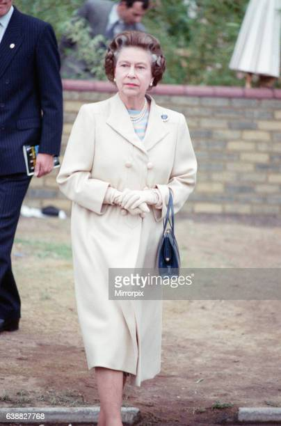Chelsea Flower Show 21st May 1988 Queen Elizabeth II visits the garden show held in the grounds of Royal Hospital Chelsea London