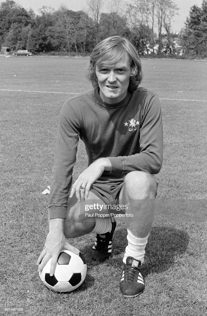 Chelsea footballer David Hay, 19th August 1974. News Photo - Getty ...