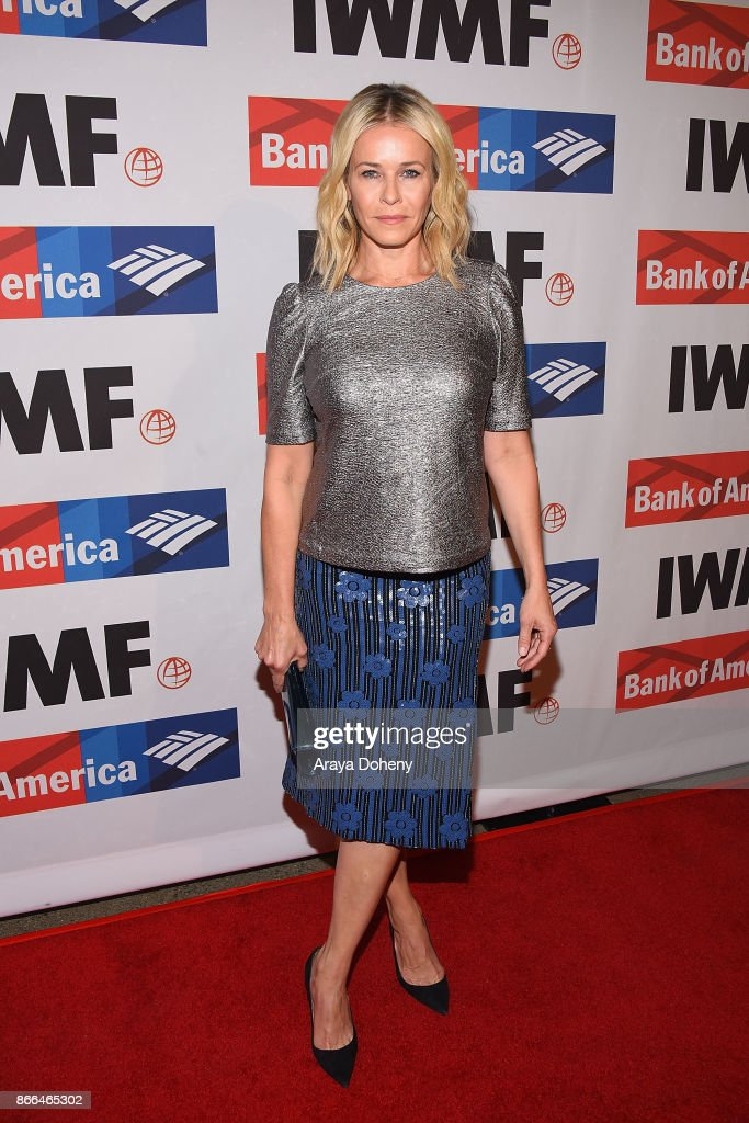 Chelsea Handler attends the International Women's Media Foundation 2017 Courage in Journalism Awarddss at NeueHouse Hollywood on October 25, 2017 in Los Angeles, California.