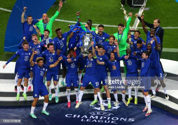 Chelsea lift the Champions League Trophy after wining the UEFA Champions League Final between Manchester City and Chelsea FC at Estadio do Dragao on...